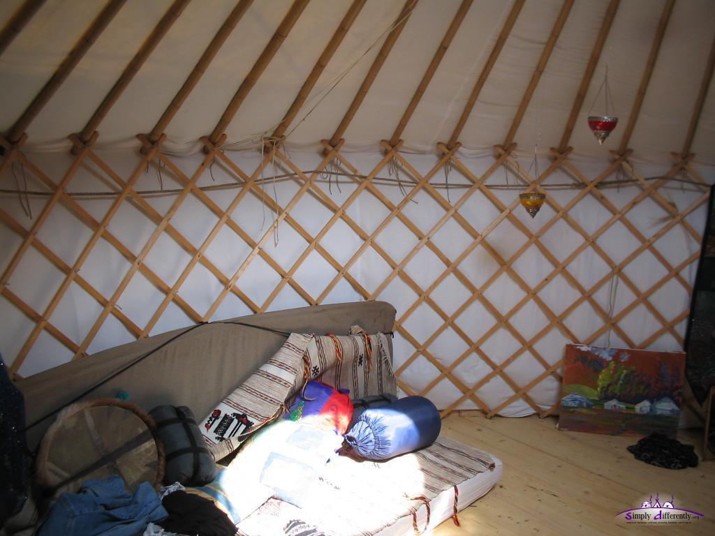 Спальное место в юрте