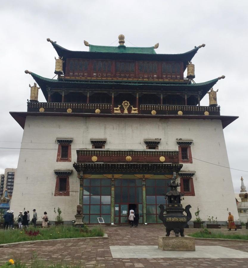 Монастырь Гандан