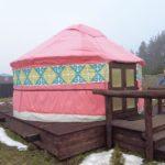 Мужчина строит юрту, а женщина украшает. Какие обычаи существуют в Монголии?