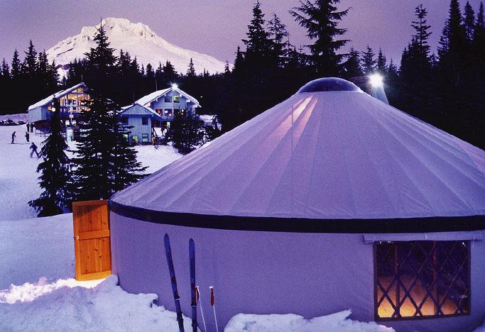 3 причины популярности современных юрт на горнолыжных курортах